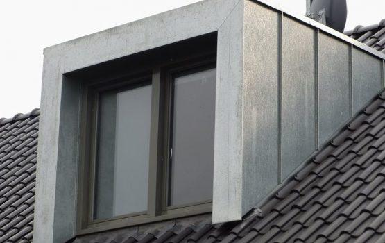 zinken dakkapel dakkapel met zink laten plaatsen aannemersbedrijf Wielink