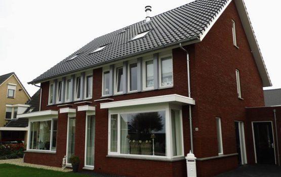 bouwen van 2 onder 1 kap woning in Doonrspijk door aannemersbedrijf wielink