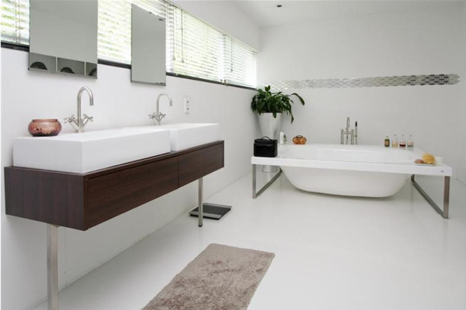 modern interieur moderne villa laten bouwen door aannemersbedrijf wielink