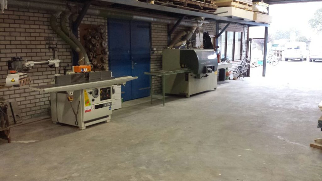 timmerwerkplaats en timmerfabriek van aannemersbedrijf Wielink