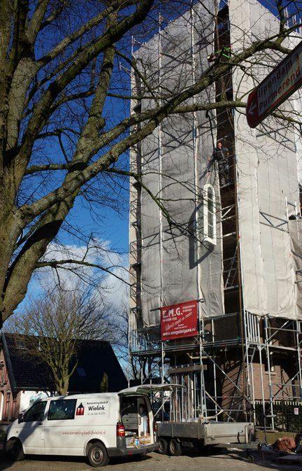 restuaratie van kerktoren door aannemersbedrijf Wielink