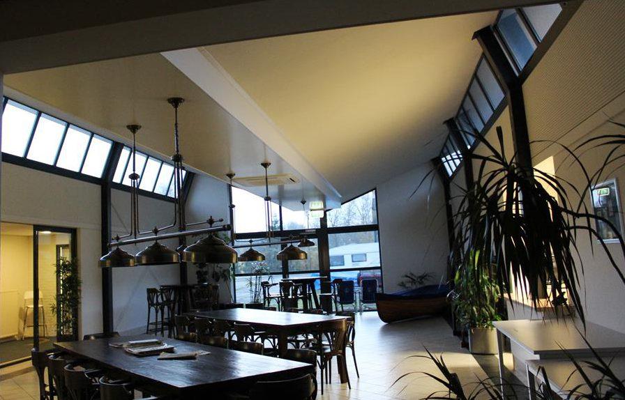 bouw van kantoor en kantineruimte door aannemersbedrijf Wielink