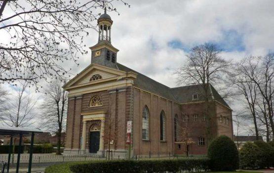 restauratie hervormde kerk doornspijk door aannemersbedrijf Wielink