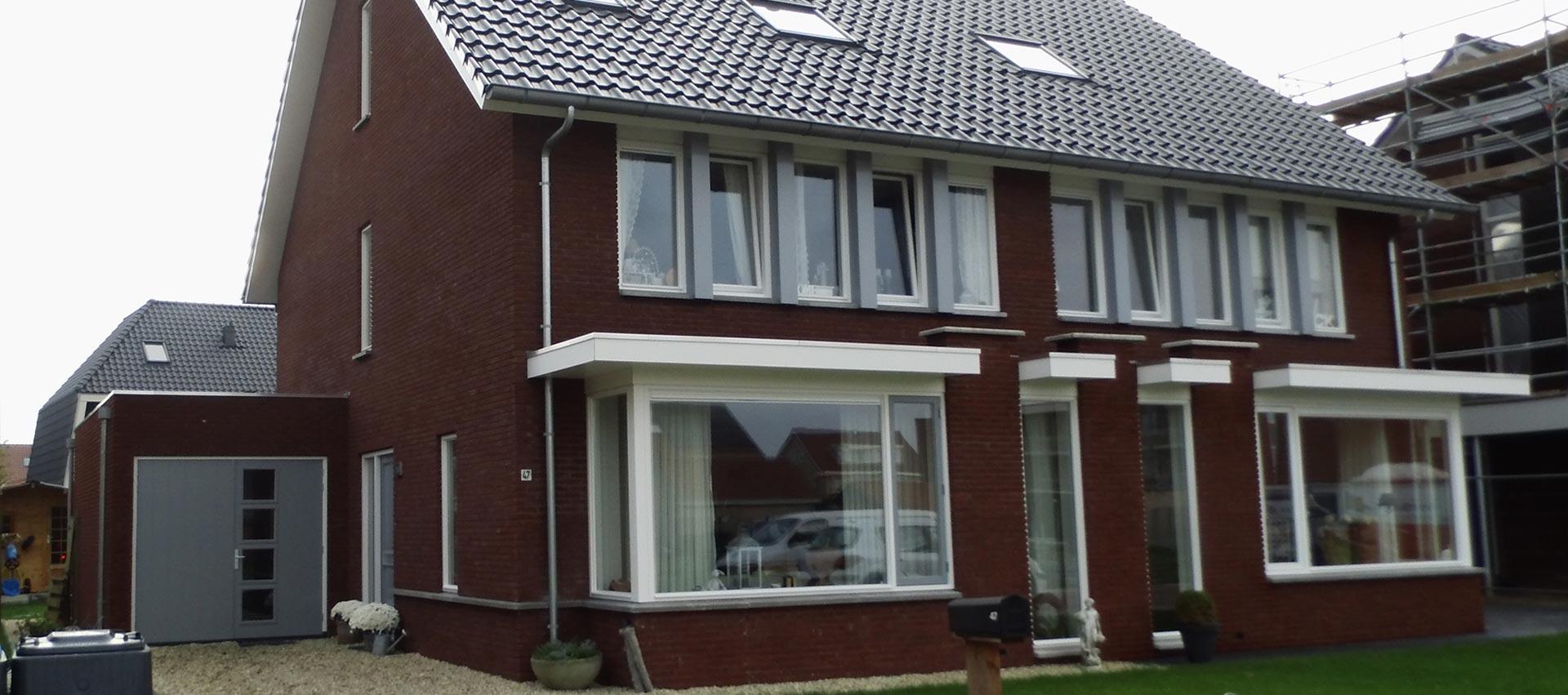 Bouwen van 2 onder 1 kap woning in Doornspijk door aannemersbedrijf Wielink