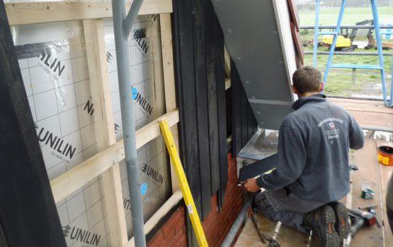 vervangen en vergroten van dak of kap van woning door aannemersbedrijf wielink