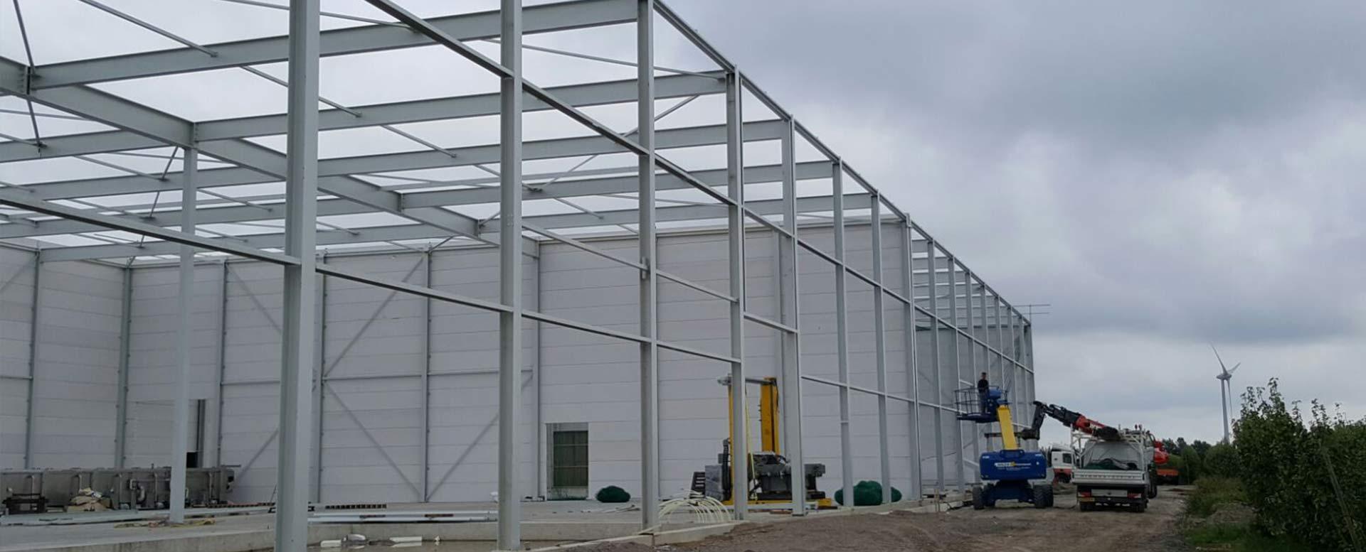 bouw van productiehal en bedrijfshal in biddinghuizen Flevosap aannemersbedrijf Wielink