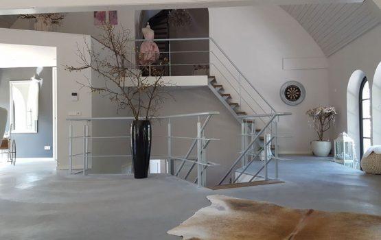 restauratie / verbouw van kerk tot woning in Purmerland door aannemersbedrijf Wielink