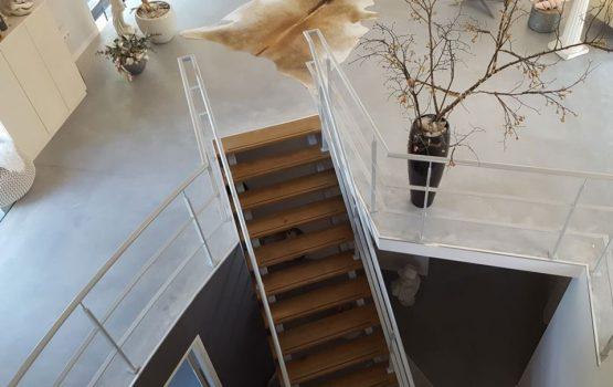 restauratie / verbouw van kerk tot woning in Purmerland door aannemersbedrijf Wielink uit Elburg