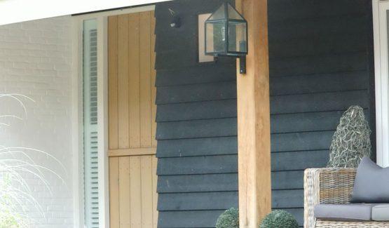 bouw van moderne villa in ermelo / met boeren deur