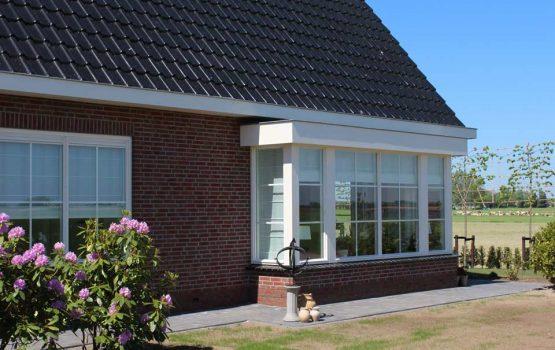 Landelijke woning / landelijke huis met ruime erker in Kampen gebouwd door aannemersbedrijf wielink