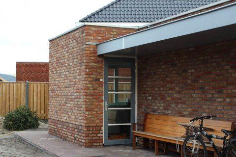 garage-voorzien-van-kantoorruimte