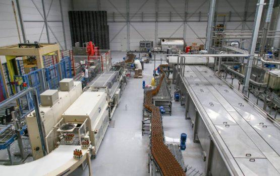 realisatie van productie hal Flevosap voor bottelinstallatie
