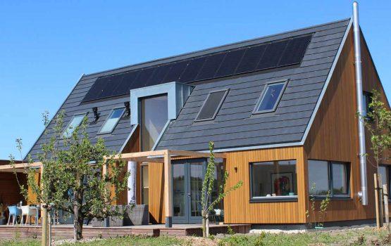 Bouw houtskeletbouw woning op Oosterwold in Almere-hout