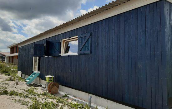 Prefab houtskeletbouw woning gebouwd door aannemersbedrijf wielink - Exclusieve houtbouw. Bouwproject in oosterwold te almere-hout