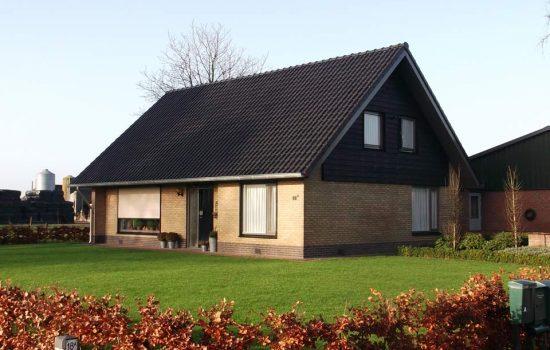 Dakrenovatie in Doornspijk door aannenmersbedrijf Wielink uit gemeente elburg