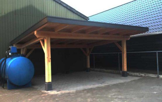 exclusieve houtbouw aannemersbedrijf Wielink - bouw van douglas carport
