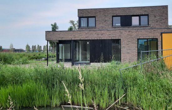 bouw-modern-vrijstaande-woning-onderdijks-te-kampen-aannemersbedrijf-bouwbedrijf-wielink-reeve(3)